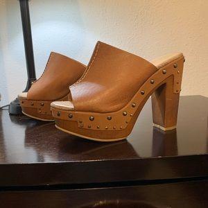 Chinese Laundry block heel